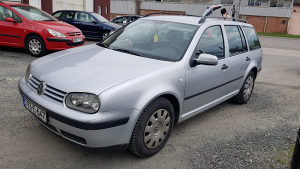 Vw golf 4 1.9 tdi 66kw, 2001 god.