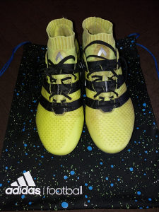 A klasa Adidas kopačke 16.1 Primeknit-FG (nove)