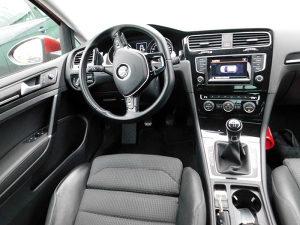 Volkswagen Golf VII 1.6 CR TDI HIGHLINE CARAT Edition
