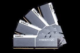 G.SKILL 32GB Trident Z DDR4 3200MHz F4-3200C16Q-32GTZSW
