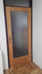 vrata iz stana