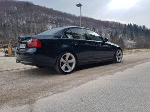 BMW 318d E90 2008