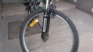 Biciklo potpuno ispravno