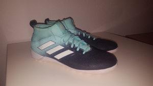 Adidas patike za fudbal,broj 43.