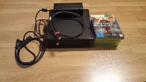 XBOX 360(konzola,džojstik i 5 igrica)