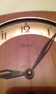 Zidni sat njemacki
