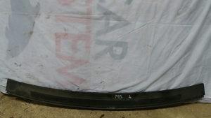 Mercedes a klasa plastika ispod brisača