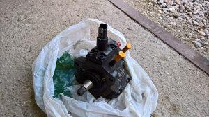 Bosch pumpa 307 2.0 HDI - visokog pritiska
