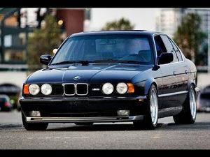 KUPUJEM BMW E30 E34 E36
