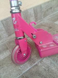 ROMOBIL ZA DJECU SKUTER barbie 3-12 godina