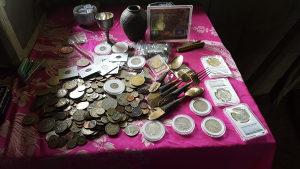 Kupujem stari novac, kubure, ordene, maceve...