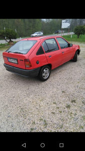 Opel Kadett registrovan do 9 mjeseca ide polisa