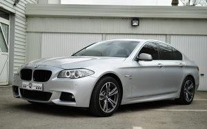 BMW F10 2011 X DRIVE M 550 d OPTIK 066830330