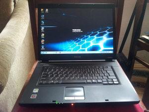 """Laptop """"TOSHIBA Satellite L30"""" Intel Dual-Core!!"""