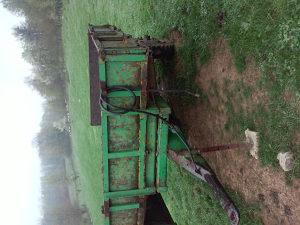 traktorska prikolica kiper