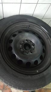 Felge BMW 16 Gume 215 60 16