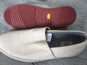 Cipele muske 42,43,UGG, bez kozne