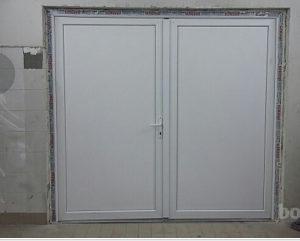 PVC garazna vrata