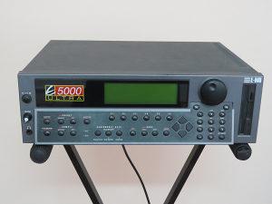 E5000 Ultra  - rack sampler