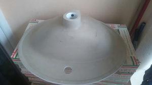 Ugradni umivaonik dimenzije 55*50 cm
