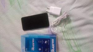 Mobilni telefon ZTE a520