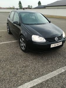 Golf 5 1,9 tdi 66kw model 2006 god