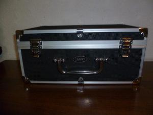 Kofer metalni za alat