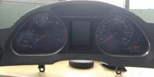 Istrument kilometar sat kontrolni Audi A6 4F 4F0920934G