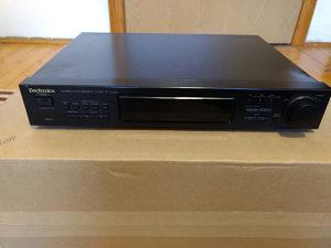 Technics stereo tuner ST-X902L