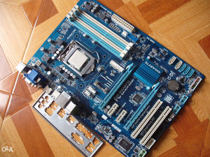 Gigabyte H77-DS3H/Intel Core i7 3770 3.9 GHz
