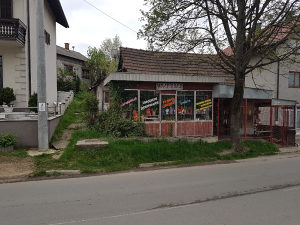 KUCA,PLAC u centru grada