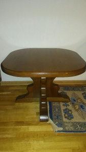 Stol drveni