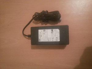 Punjac za laptop hp 22 v