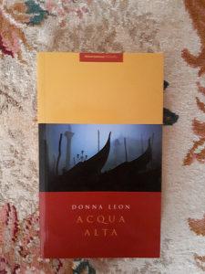 Dona Leon Aqua Alta