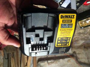 Punjac i baterija