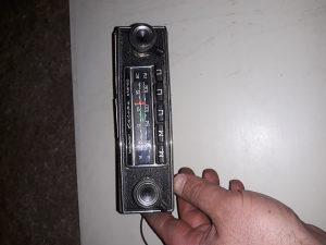 Radio becker