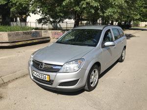 Opel Astra 1,7 navi park senzori 2009