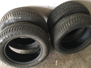 Auto gume Michelin Ultragrip 8 185/60/R15