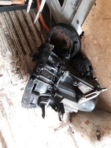 Mjenjač 5 brzina za reno kango19 dizel