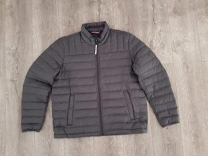 Tommy Hilfiger jakna vel:L, XL