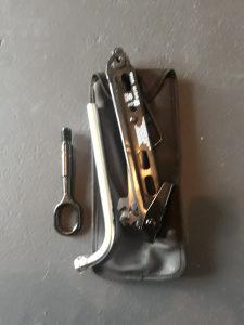 Dizalica Opel kuka za slepanje kljuc i sarafciger