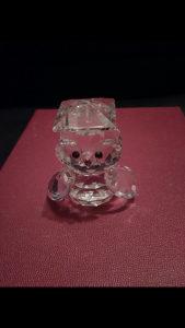 Figurica od kristala sova