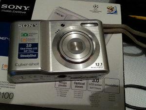 Fotoaparat SONY DSC-S2100