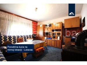 Porodična kuća na mirnoj lokaciji, Lukavac