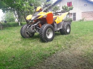 KVAD AEON KOBRA GOES 220 QVAD ATV
