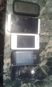 Mobiteli 4-kom neispravni