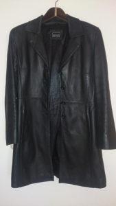Ženski kožni kaput mantil