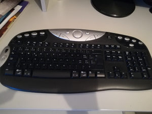 LOGITECH gaming wireless tastatura