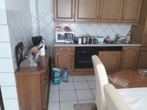 Kuhinja s svim enterijerom