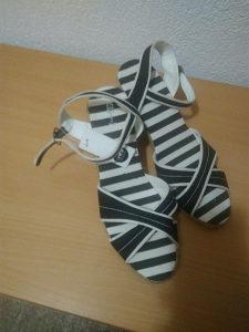 Sandale zenske nove
